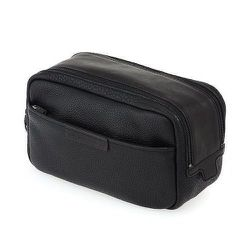 """<strong>Marc By Marc Jacobs</strong> Classic Leather Dopp Kit in Black, <a href=""""http://www.marcjacobs.com/marc-by-marc-jacobs/mens/shoes-bags-and-accessories/m0001005a/classic-leather-dopp-kit?sort="""">$188</a>"""