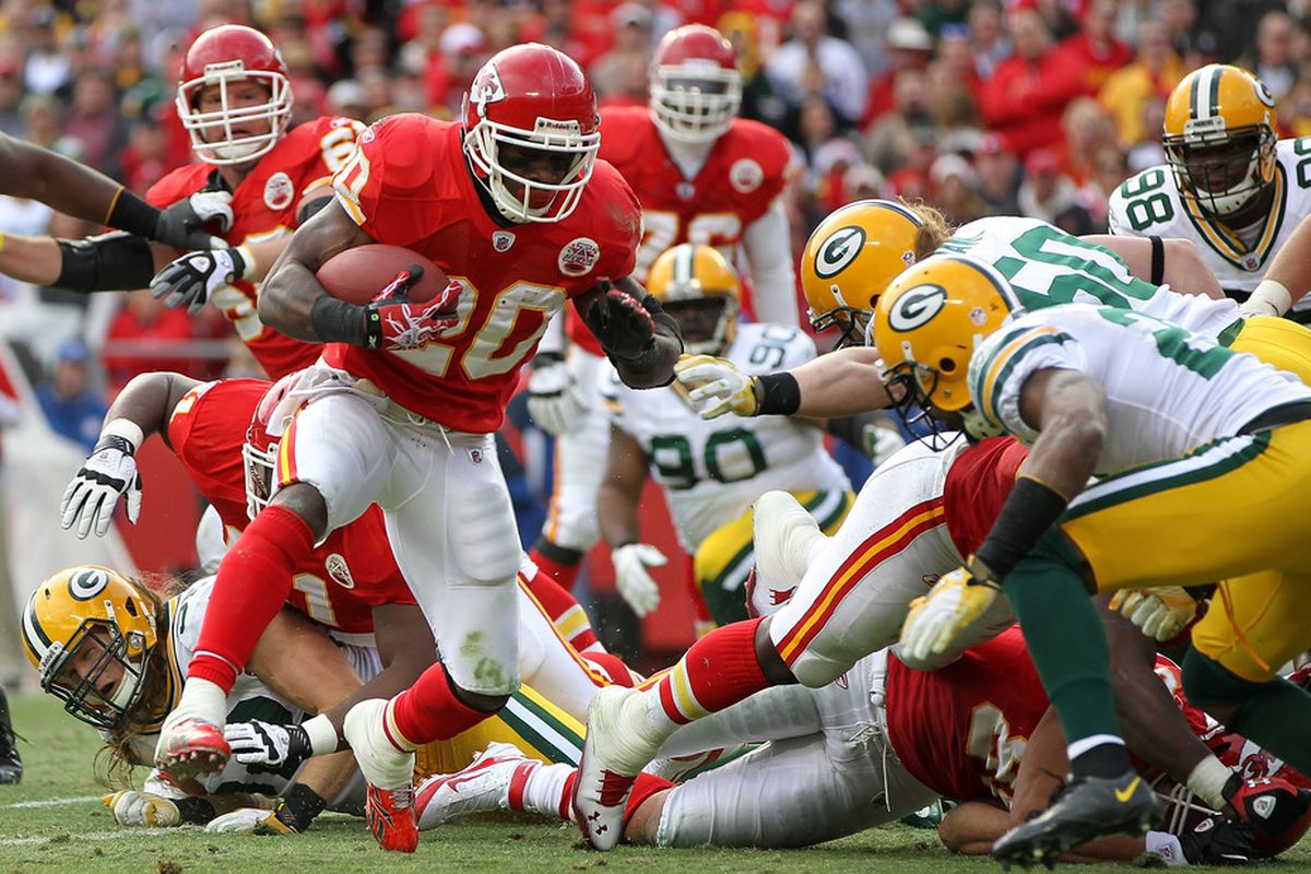 KANSAS CITY, MO - DECEMBER 18:  Thomas Jones #20 of the Kansas City Chiefs carries the ball during the game against the Green Bay Packers on December 18, 2011 at Arrowhead Stadium in Kansas City, Missouri.  (Photo by Jamie Squire/Getty Images)