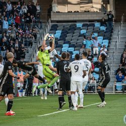Zendejas makes a save during Minnesota United's 4-1 win over Sporting Kansas City in the US Open Cup