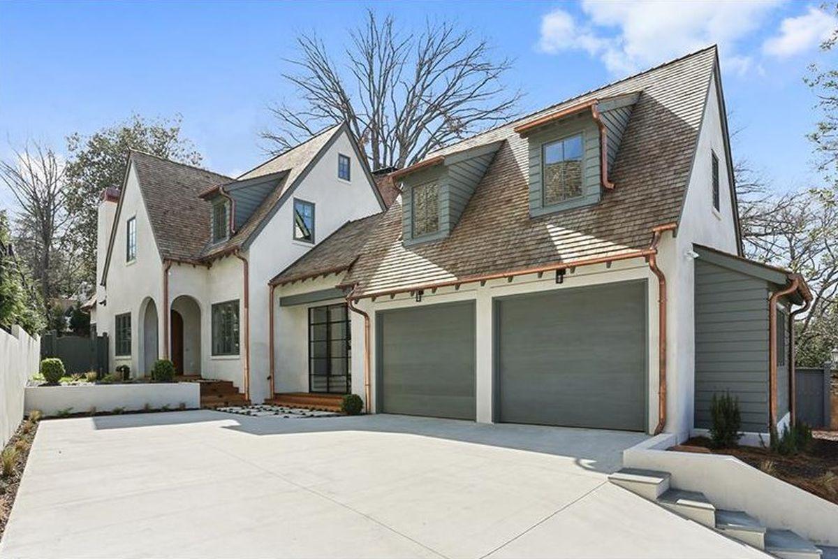 A new custom house in Ansley Park, Atlanta, near Midtown.
