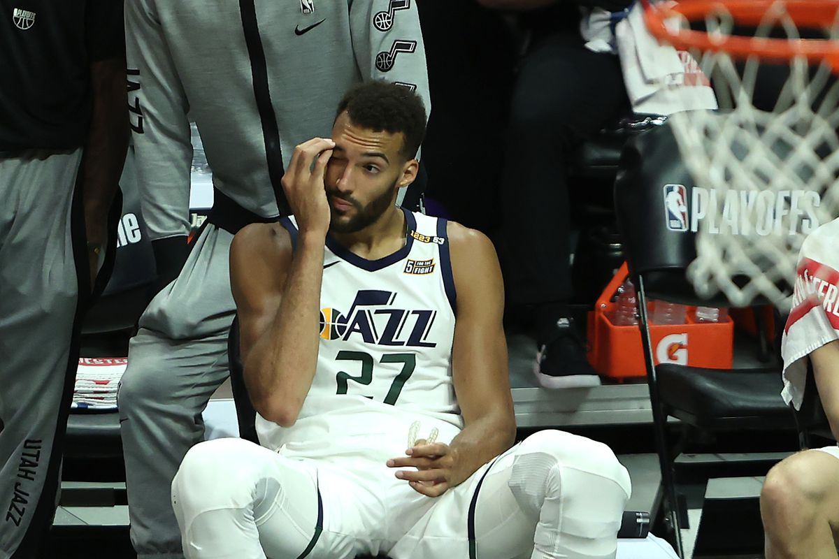 Utah Jazz v Los Angeles Clippers - Game Three