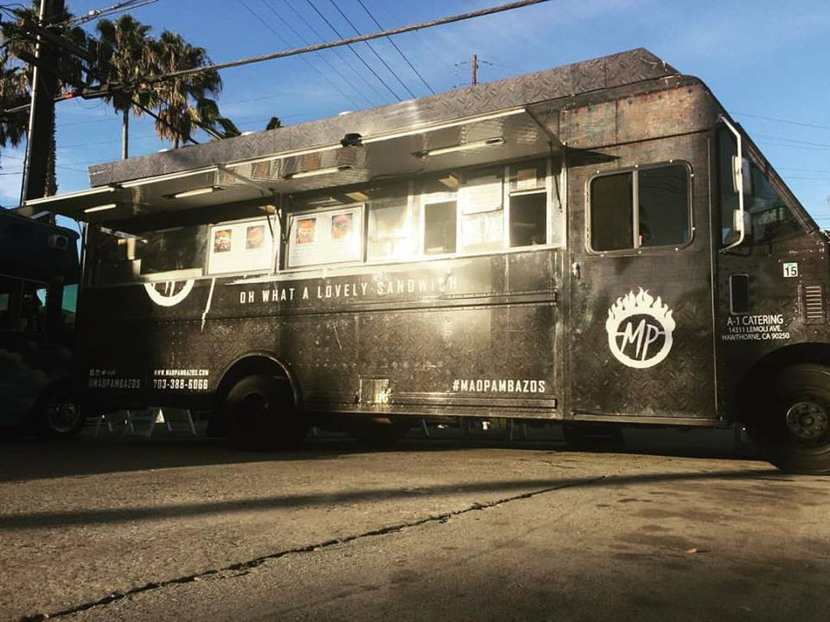 District Burger Food Truck Los Angeles