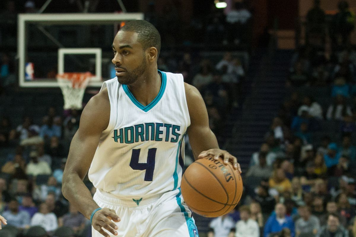 Elliot Williams signed five ten-day contracts in the NBA last season.