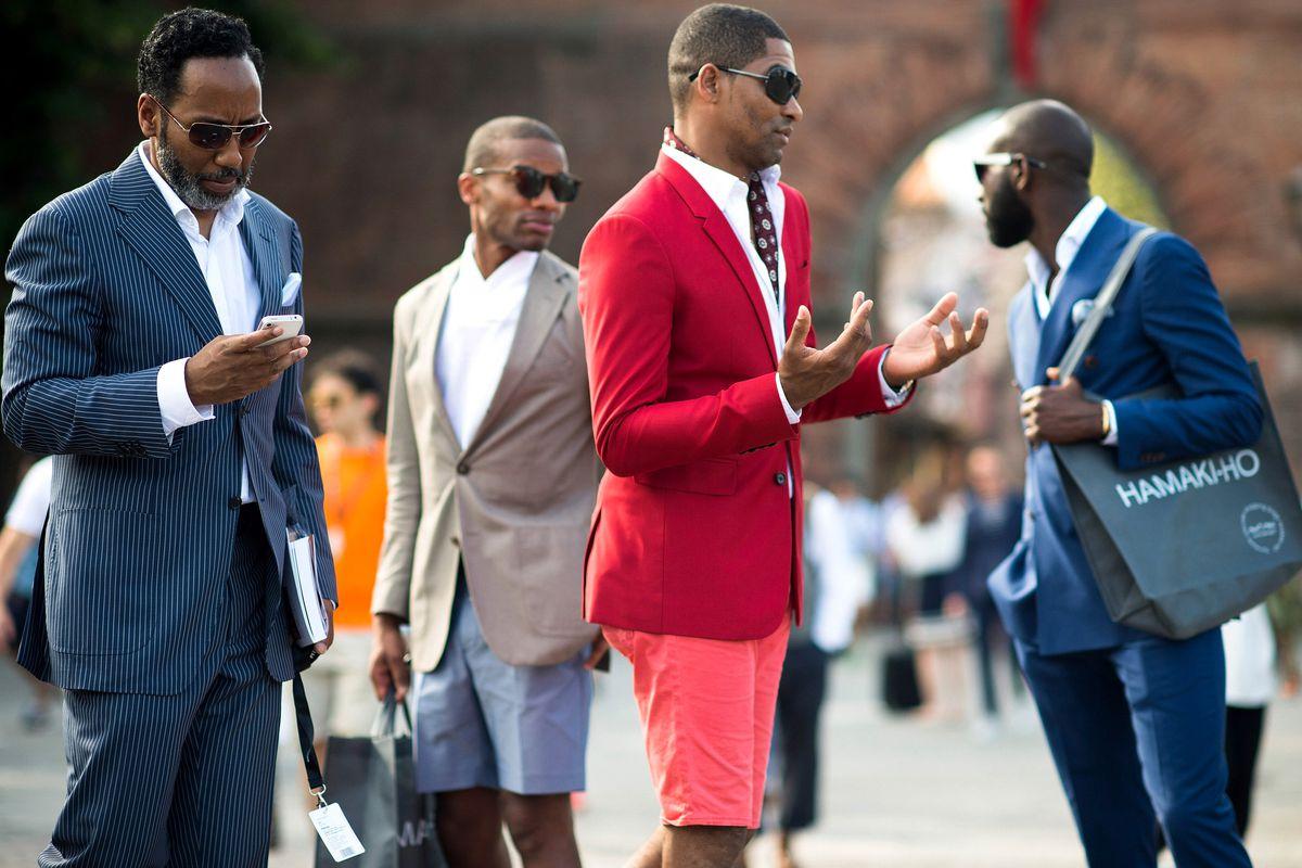 Handsomes congregate outside Pitti Uomo in 2013. Photo: Getty