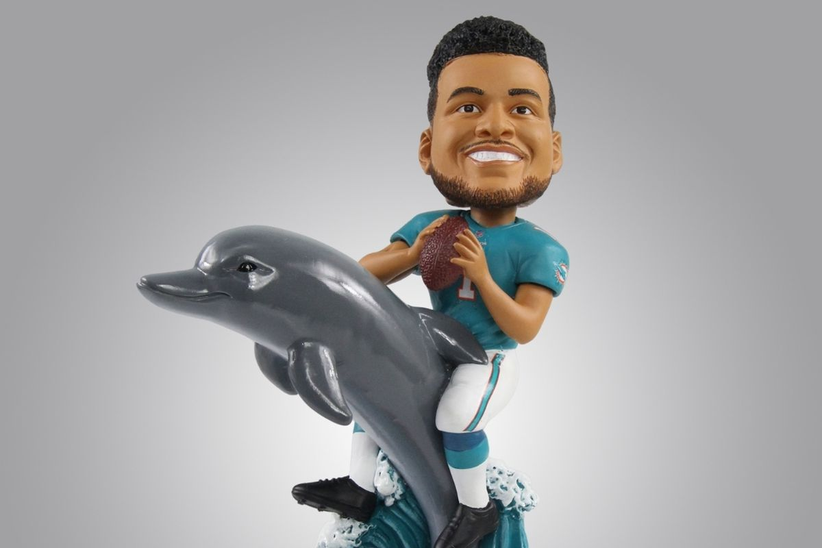 FOCO release limited-edition bobblehead of Miami Dolphins QB Tua Tagovailoa - The Phinsider