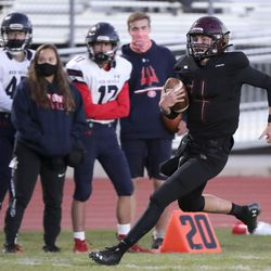 Springville plays Maple Mountain in the second round of the 5A football playoffs at Maple Mountain High School in Spanish Fork on Friday, Oct. 30, 2020. Maple Mountain won 27-21.