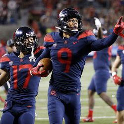 Arizona Wildcats wide receiver Tony Ellison runs in for a touchdown against Utah in Tucson, Arizona, on Friday, Sept. 22, 2017. Utah beat Arizona 30-24.