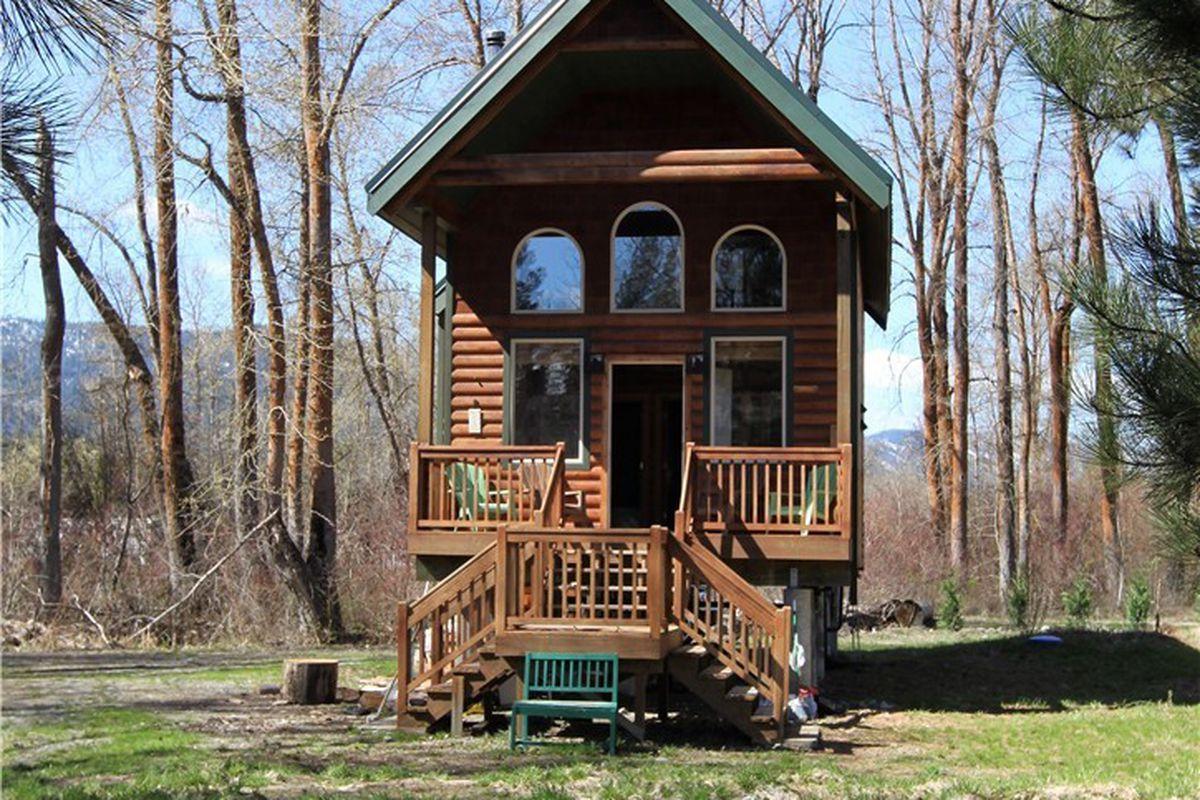 tiny house log cabin. Via Better Properties Valley Associates Tiny House Log Cabin Y