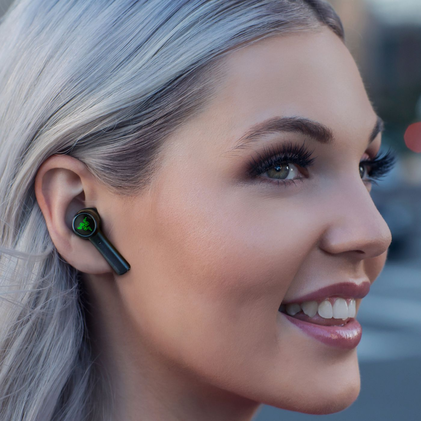 Razer S Hammerhead True Wireless Headphones Aim To Nix Audio Lag On Android The Verge