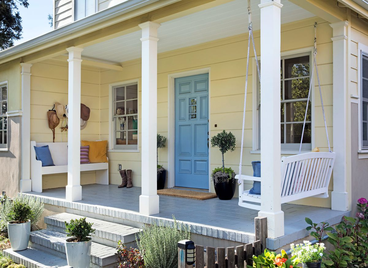 Reed House front porch