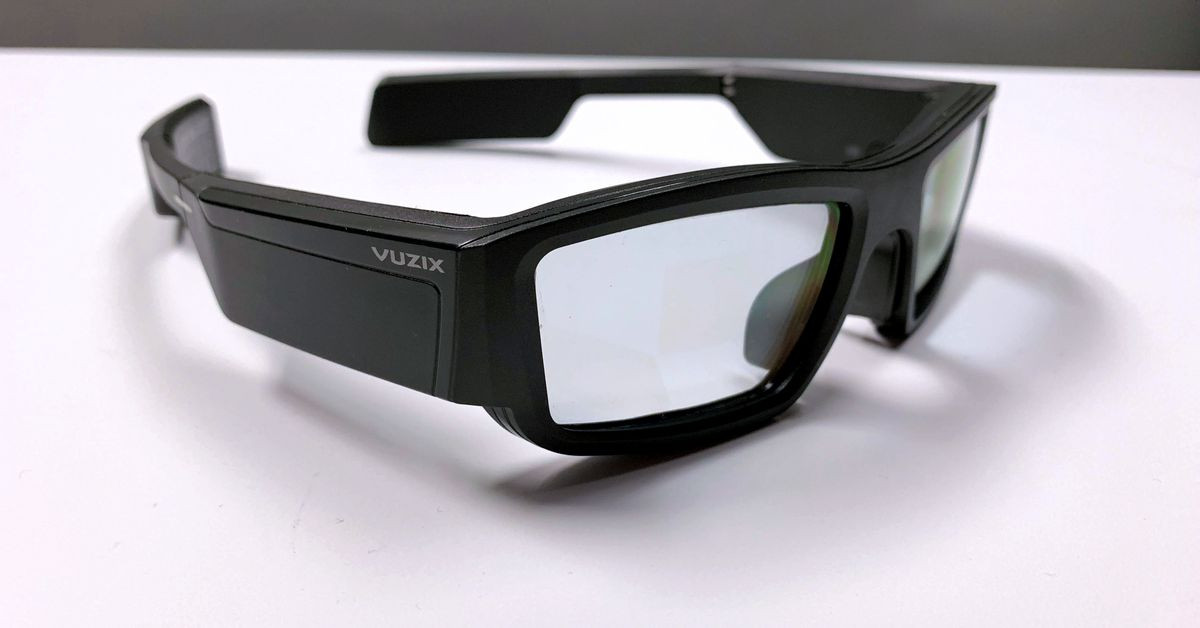 QnA VBage Vuzix starts selling its AR smart glasses for $999