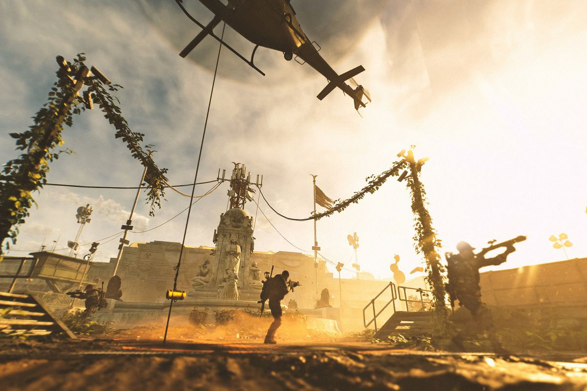 Helicopter extracting loot from the Dark Zone in Tom Clancy's The Division 2