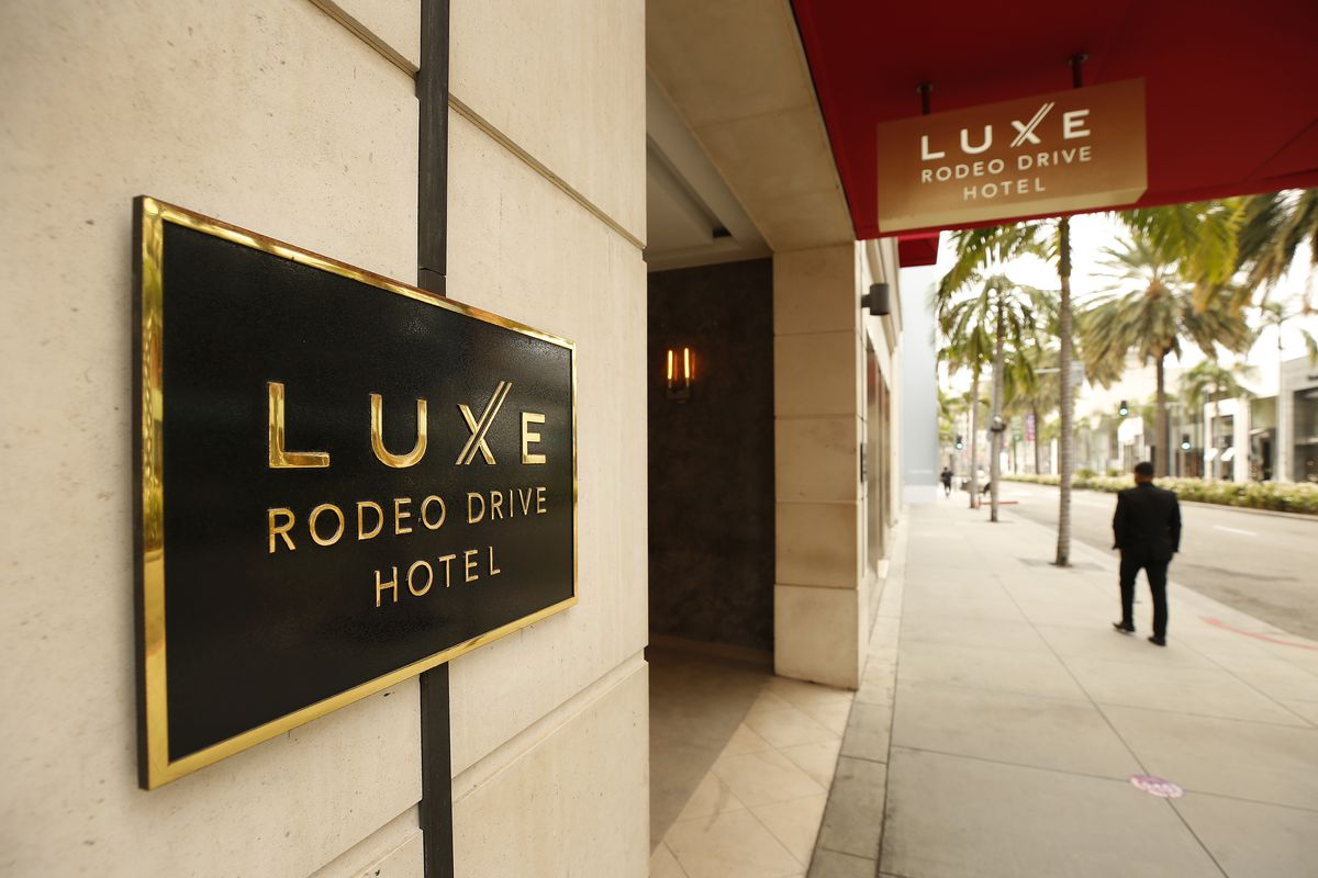 The Luxe Rodeo Drive Hotel located at 360 North Rodeo Drive in Beverly Hills has closed as a casualty of a COVID pandemic that is likely to put more hotels out of business.