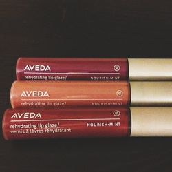 Which lips to wear for my evening out? Winterberry, Raspberry Tea, Or Star Dahlia? Oh decisions, decisions...