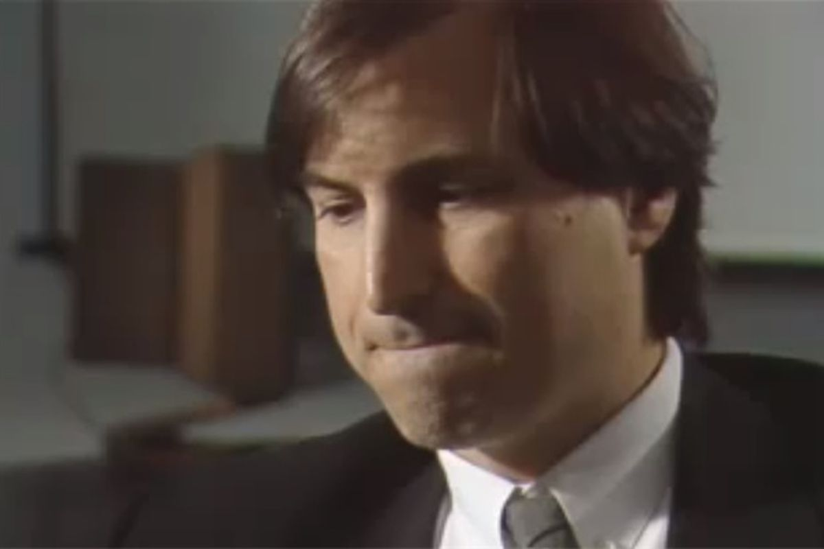 FBI releases background investigation on Steve Jobs from