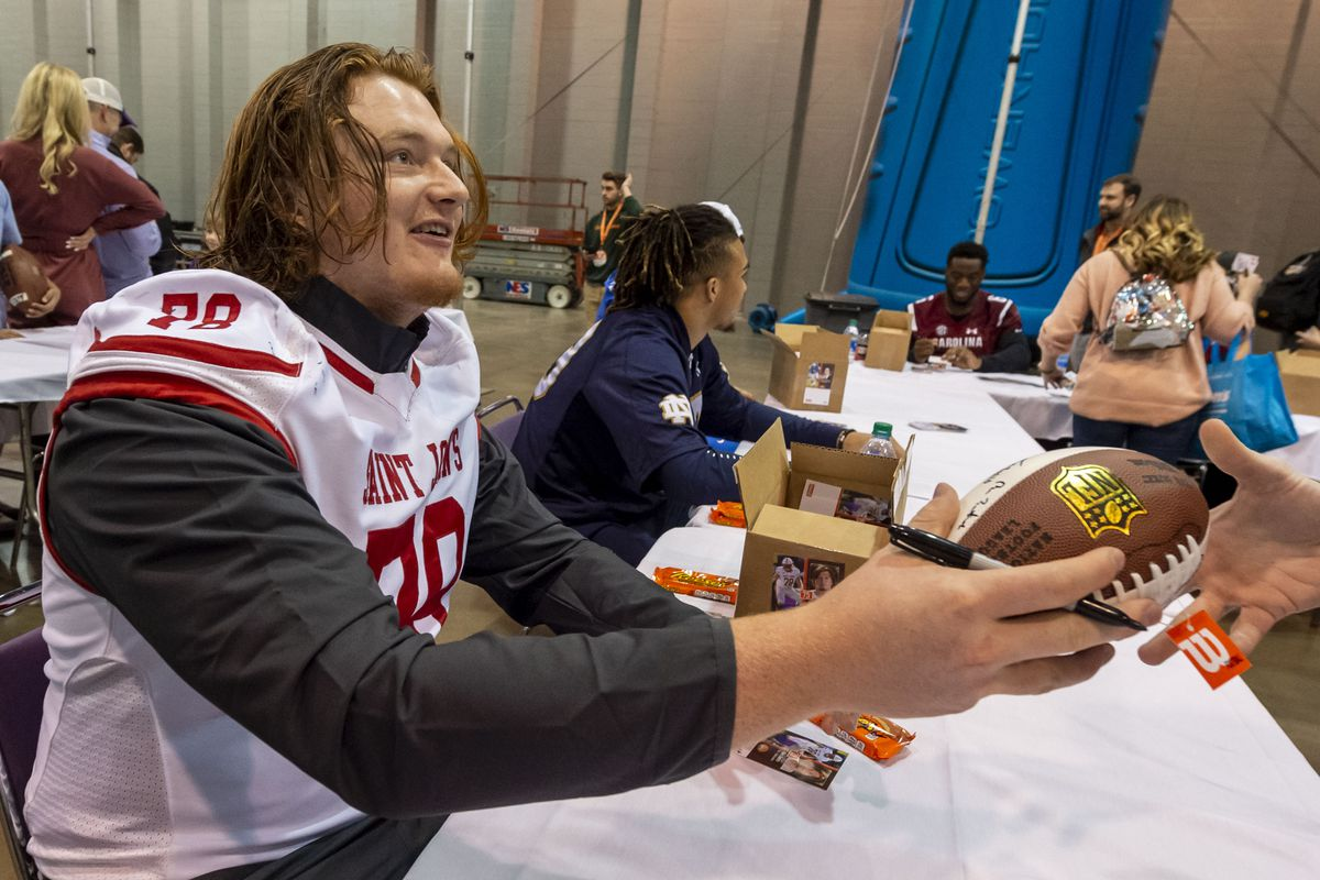 NCAA Football: Senior Bowl-Fan Day