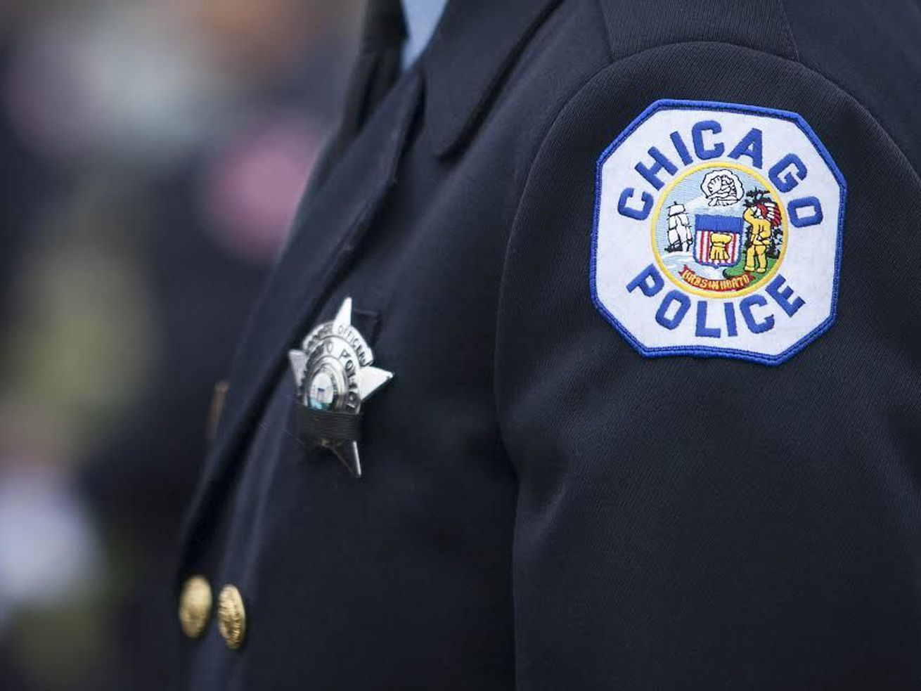Chicago police are warning businesses of three reported burglaries in May in Lincoln Park.