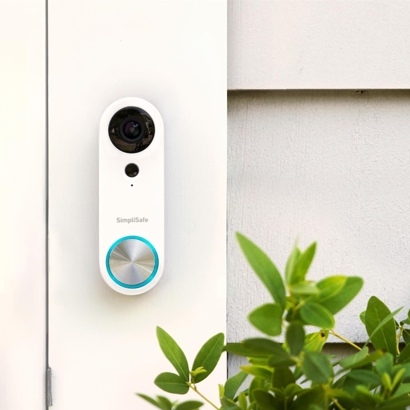 SimpliSafe releases a new smart doorbell with a wide angle camera