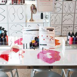 Smashbox's DIY lip gloss bar