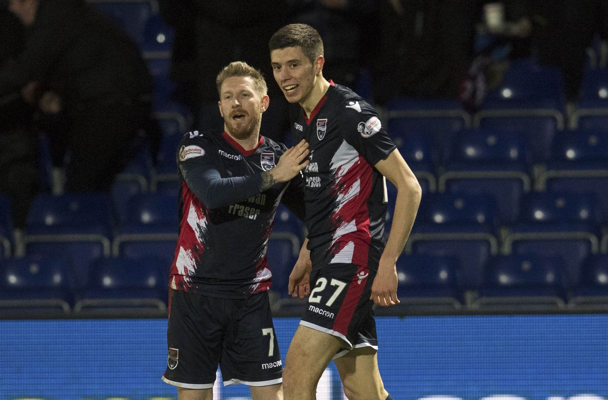 11/02/19 WILLIAM HILL SCOTTISH CUP 5TH ROUND.ROSS COUNTY v INVERNESS CT.THE GLOBAL ENERGY STADIUM - DINGWALL .Ross County's Ross Stewart (R) celebrates his goal with Michael Gardyne.