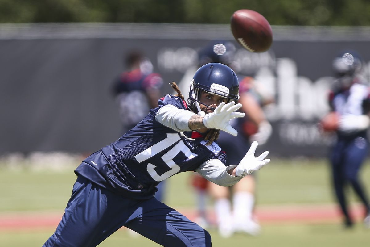 Houston Texans WR Will Fuller V suffers broken collarbone