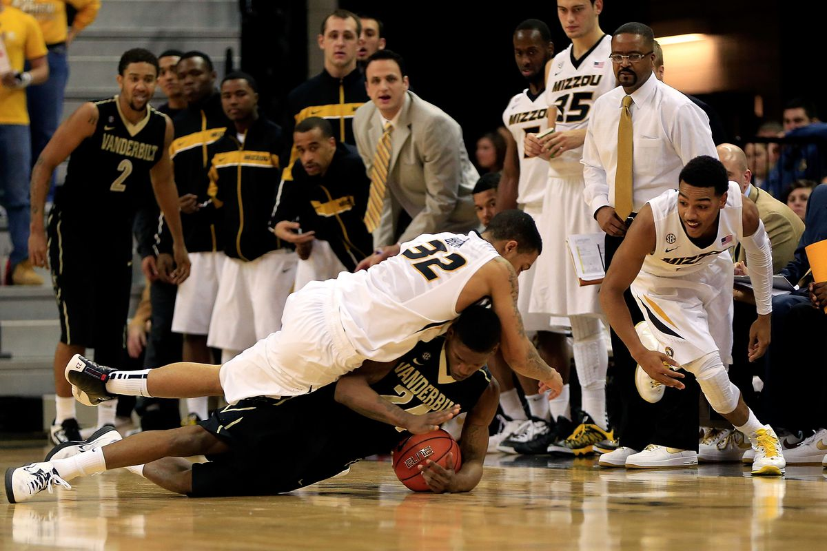 Apparently this is considered a jump ball...
