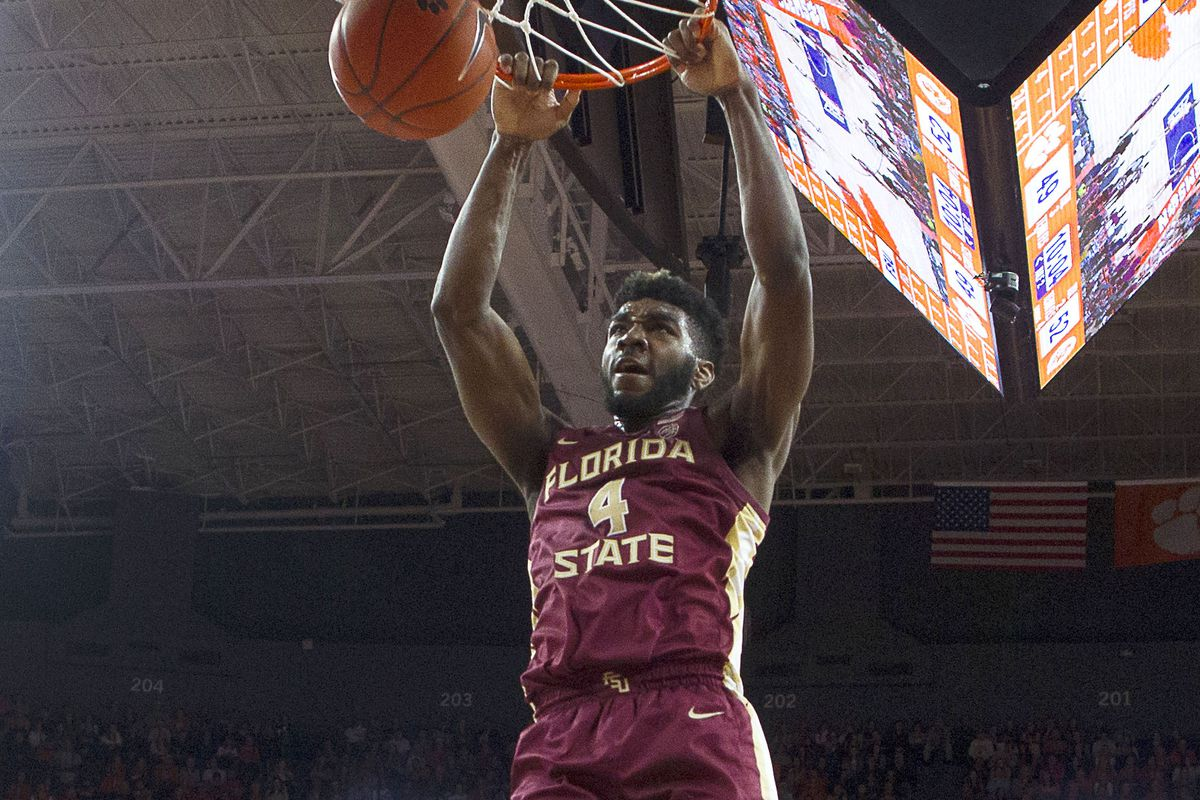 Florida State Seminoles forward Patrick Williams dunks the ball during the second half against the Clemson Tigers at Littlejohn Coliseum.