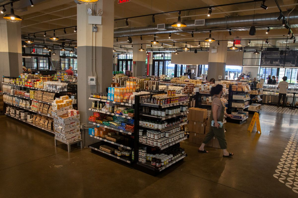 Middle Eastern grocer Sahadi's Industry City location, Sept. 10, 2020.