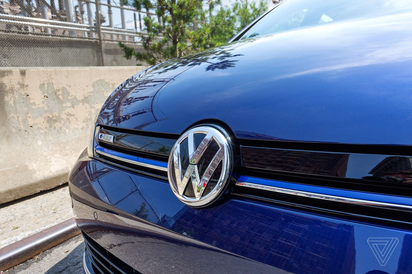 volkswagen now lets apple users unlock their car with siri