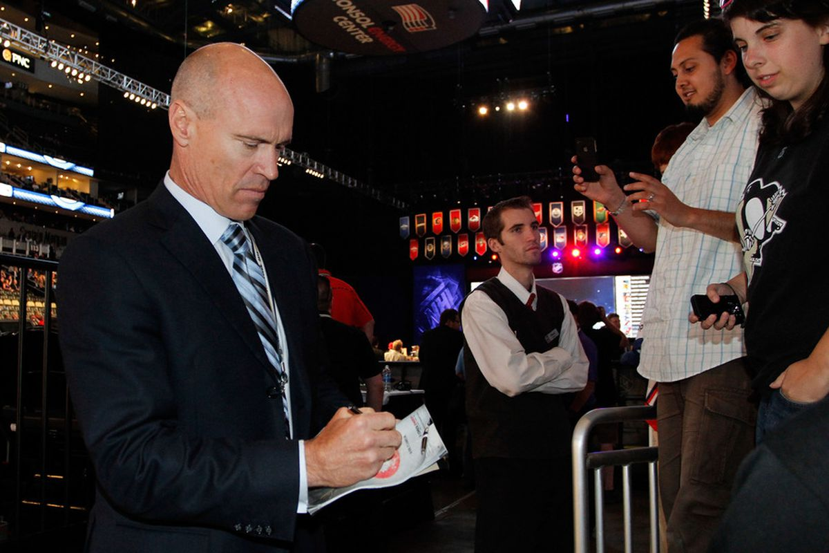 PITTSBURGH, PA - JUNE 22:  Mark Messier of the New York Rangers signs autographs during Round One of the 2012 NHL Entry Draft at Consol Energy Center on June 22, 2012 in Pittsburgh, Pennsylvania.  (Photo by Justin K. Aller/Getty Images)