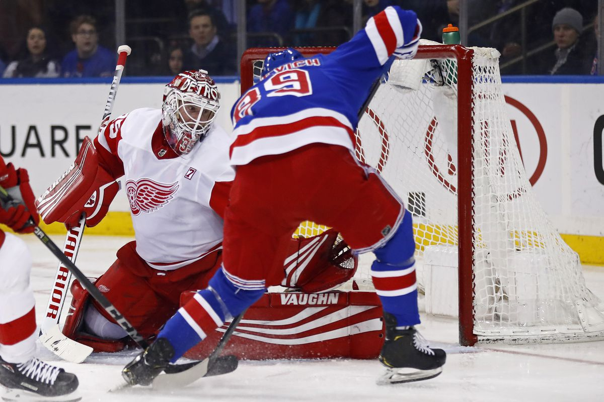 7c5e01b8e75 Red Wings sign Jimmy Howard to a one-year extension - Winging It In ...