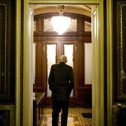 Senator Robert F. Bennett walks through the halls of the U.S. Capitol in Washington D.C. on Wednesday, Nov., 16, 2010.