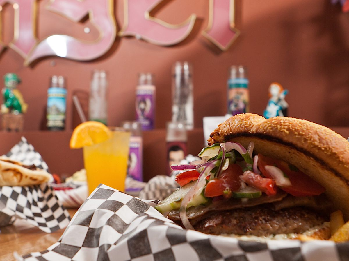 Greek burger with cocktail