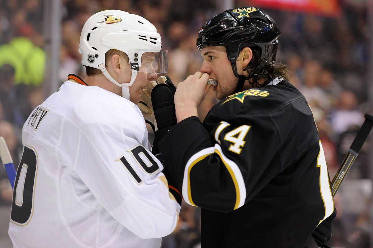 Sorry, Jamie Benn. You'll have to stare longingly into someone else's eyes