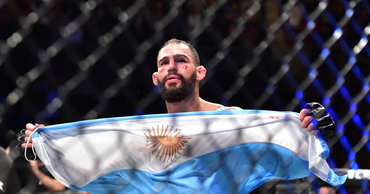 UFC Argentina bonuses: Santiago Ponzinibbio cashes in at home