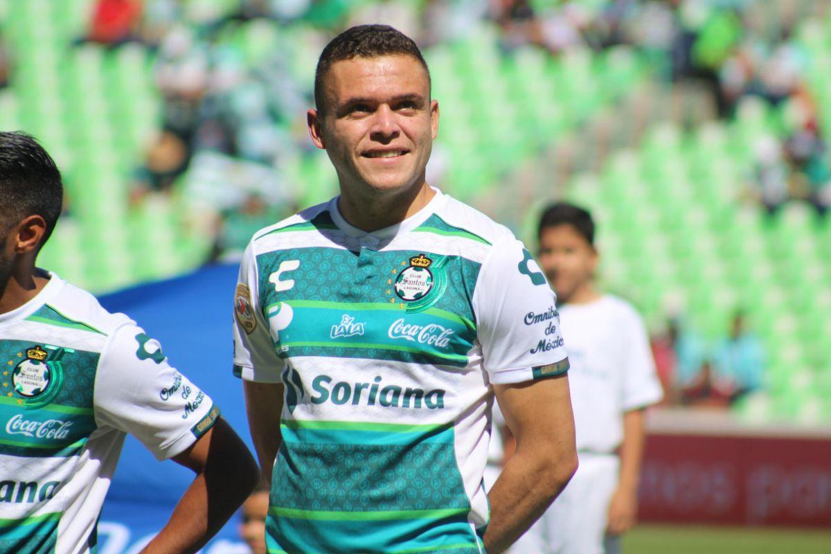 Jonathan Rodríguez lead Santos Laguna to a 3-0 win on their 35th anniversary.