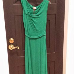 <b>Philosophy Di Alberta Ferretti</b> Persephone Lust gown, $160 rental