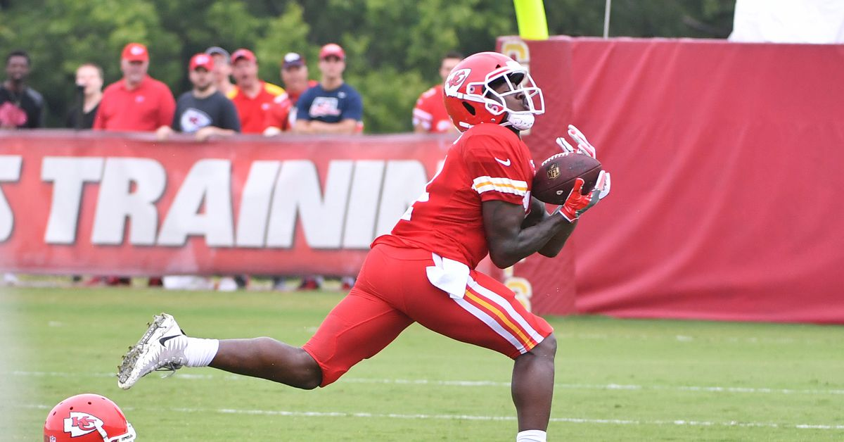 Let's figure out how Sammy Watkins will impact the 2018 Chiefs offense