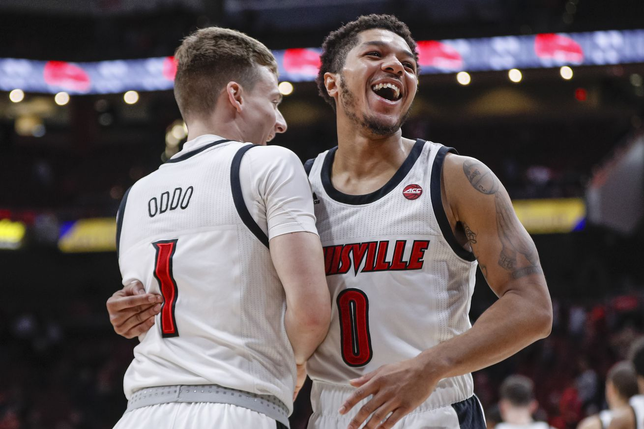 Louisville moves to No. 1 in new AP poll
