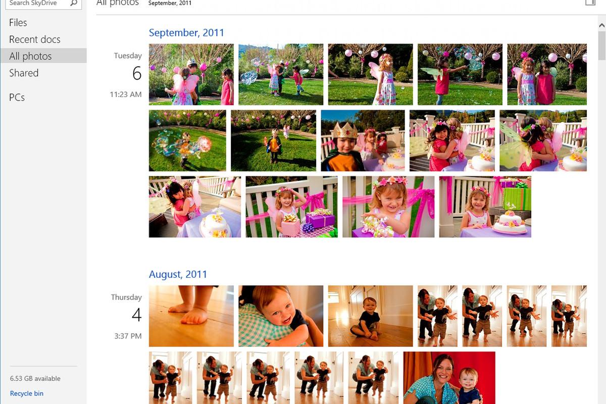 SkyDrive photo timeline
