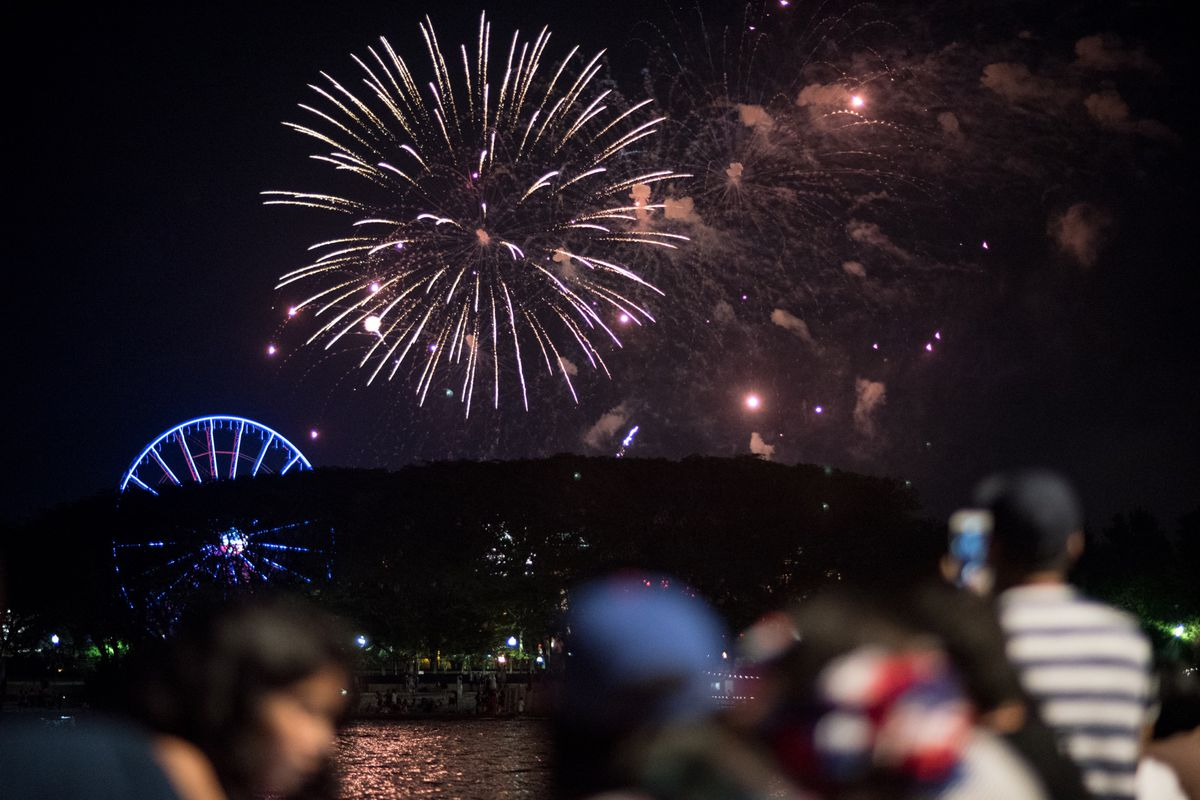 Fireworks on display just north of Navy Pier on July 4, 2017. | Colin Boyle/For the Sun-Times