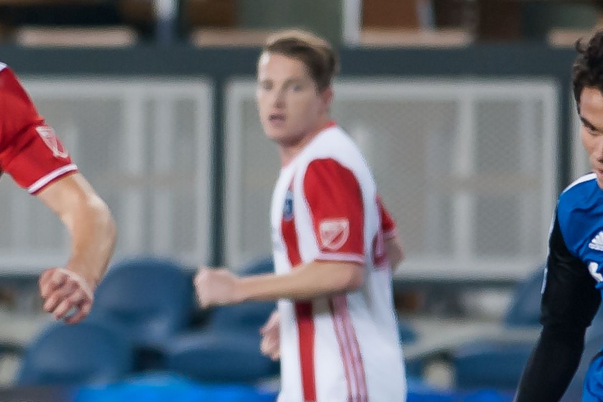 Colvey joins Quakes