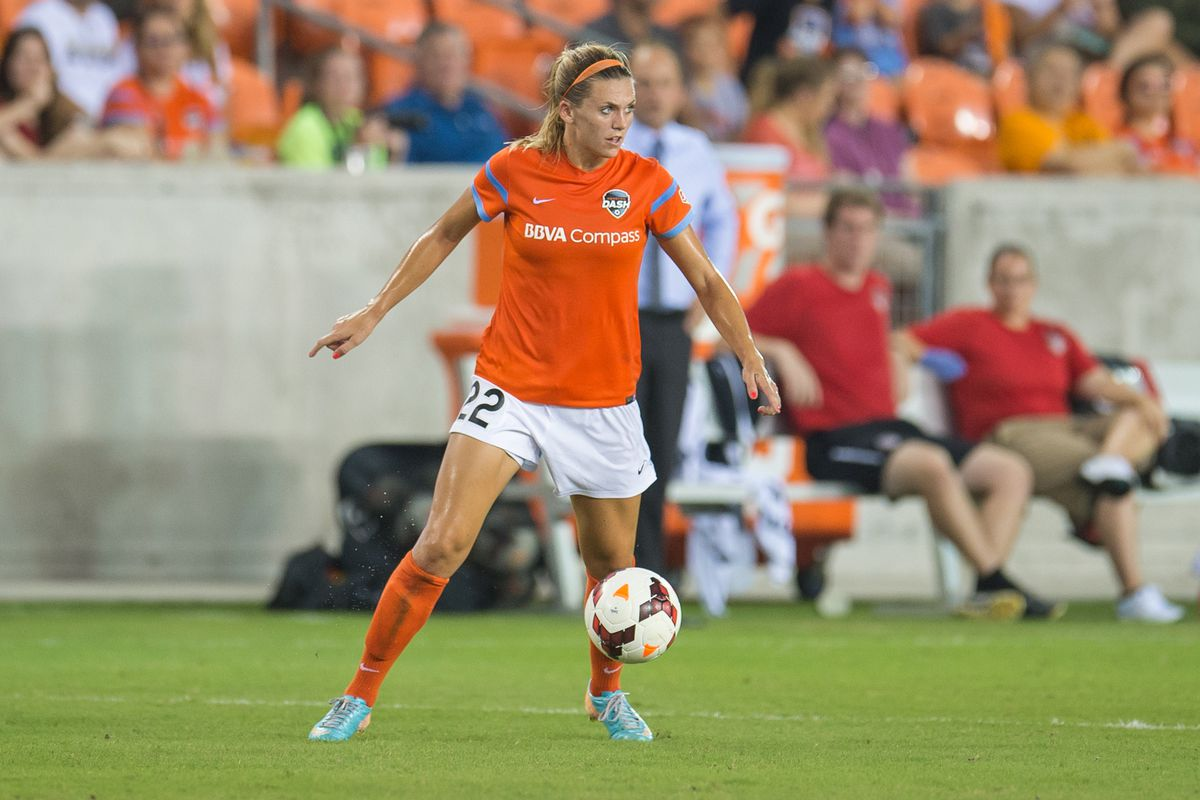 Dash defender Stephanie Ochs, above, and goalkeeper Bianca Henninger will remain with the Dash for the 2015 season.