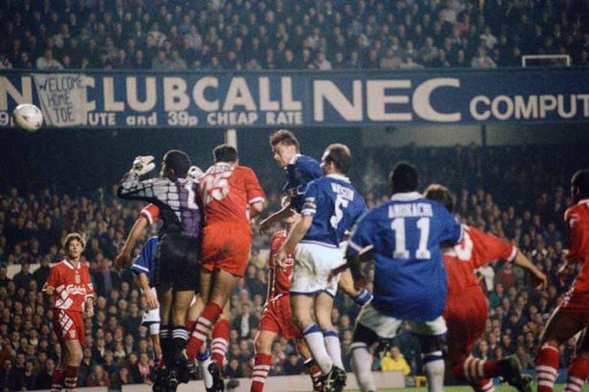 Duncan Ferguson scores against Liverpool