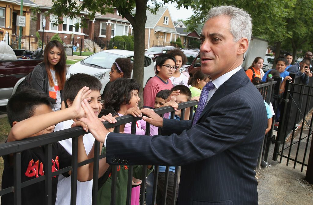 Mayor Rahm Emanuel visits with children at Tonti Elementary School on the Southwest Side on Aug. 5, 2013, before announcing additions to the city's all-day kindergarten program. | Scott Olson / Getty Images