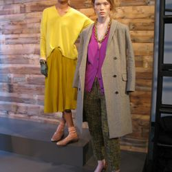 Wacky color combinations, unusual proportions, eye-catching jewelry: This has J.Crew creative director Jenna Lyons written all over it.