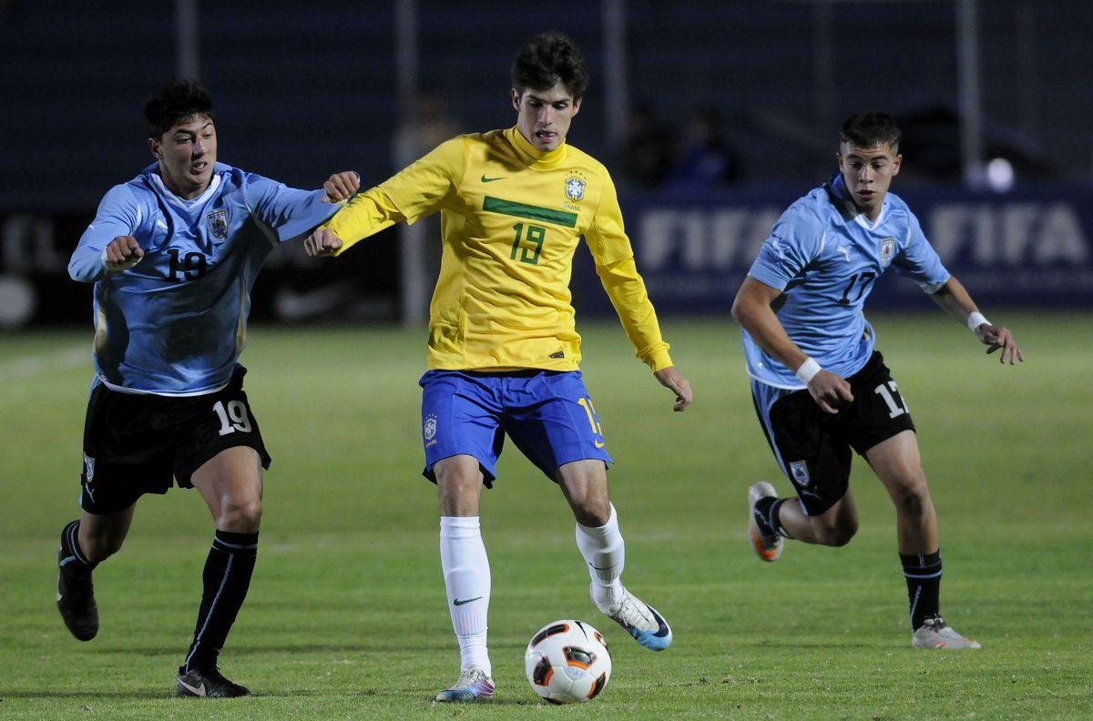 U17 South American Championship - Brazil v Uruguay