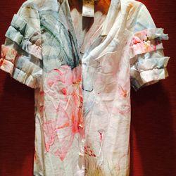Chanel blouse // size: 44 // $150