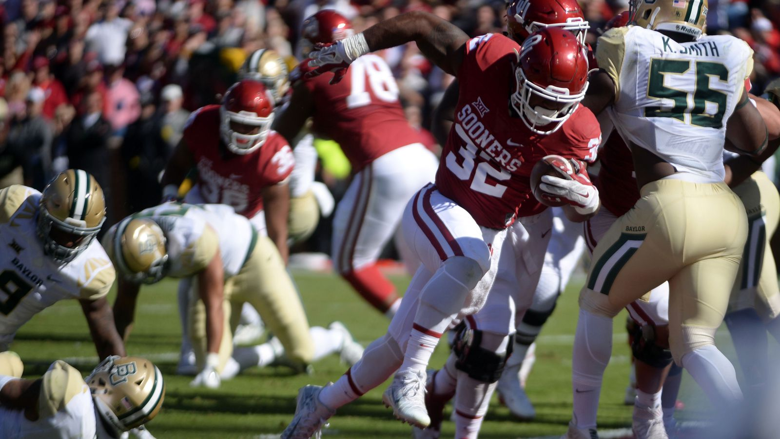 Nfl Draft Prospect Rb Samaje Perine Bolts From The Blue