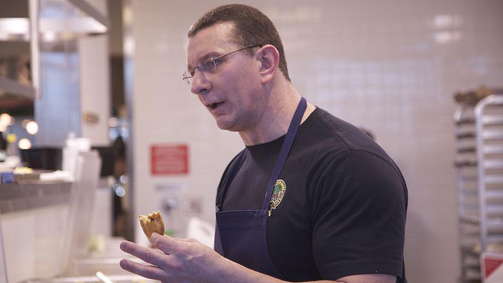 Robert Irvine Plans Pentagon Restaurant Eater Dc